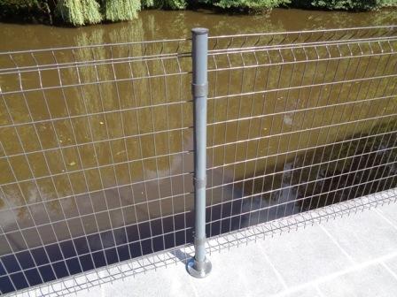 Poteau rond pour clôture