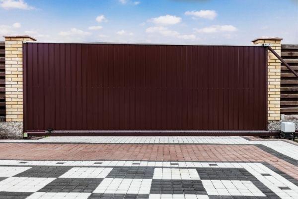 Quel portail coulissant choisir pour votre maison ?