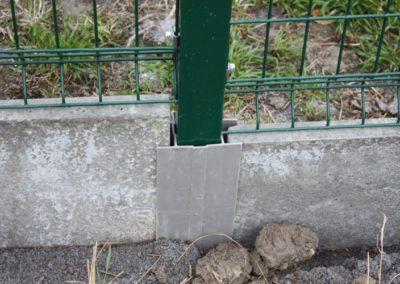 Poteau clôture à Olne
