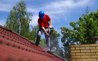 Comment bien entretenir votre toiture en bricotuiles